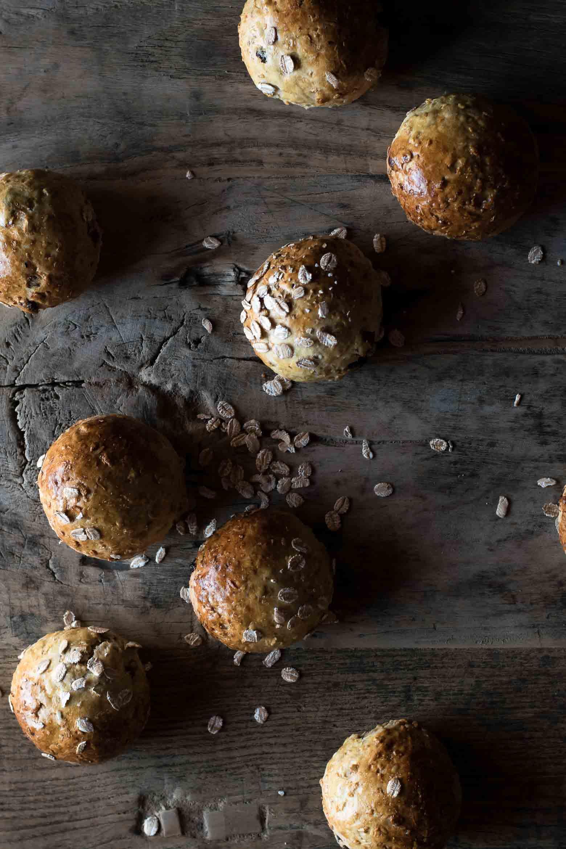 Havreboller med kokos og rosiner · 2