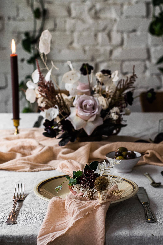 Food & Flowers · 11